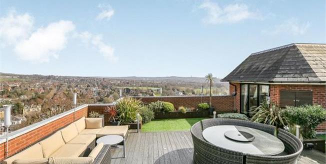 Asking Price £875,000, 3 Bedroom Flat For Sale in Brighton, BN1