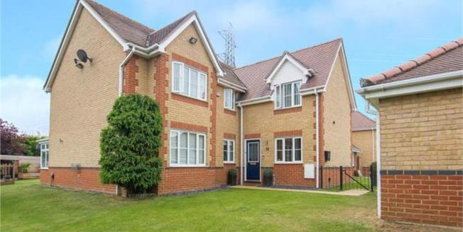 Asking Price £865,000, Detached House For Sale in Essex, EN9