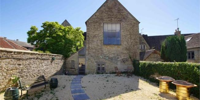 Guide Price £795,000, 4 Bedroom Terraced House For Sale in Tetbury, GL8
