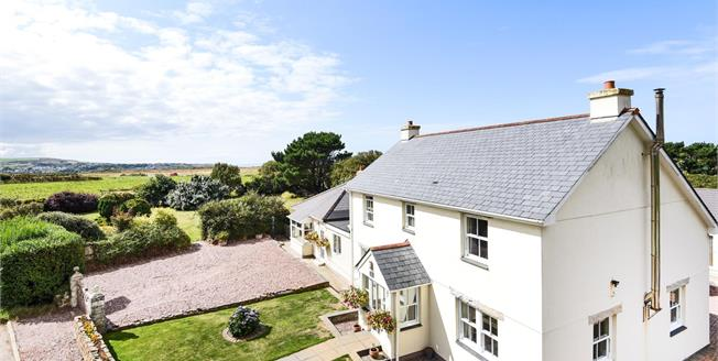 Guide Price £1,000,000, 11 Bedroom Detached House For Sale in Higher Trevellas, TR5