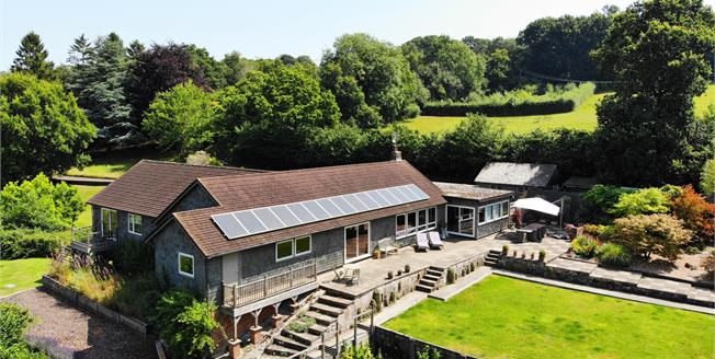 Asking Price £925,000, 4 Bedroom Farm For Sale in East Sussex, TN21