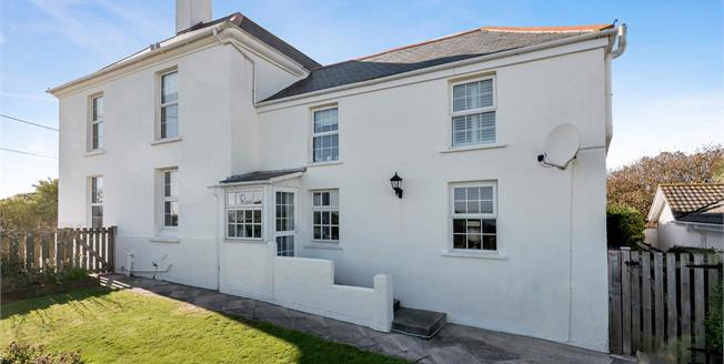 Guide Price £795,000, 4 Bedroom Detached House For Sale in The Lizard, TR12