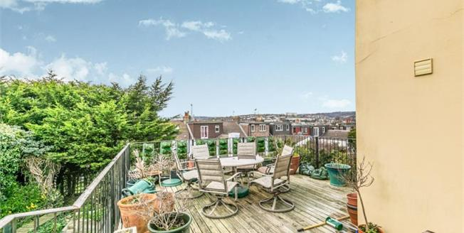 Asking Price £650,000, 5 Bedroom Terraced House For Sale in Brighton, BN2