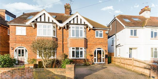 Guide Price £625,000, 3 Bedroom Semi Detached House For Sale in Tunbridge Wells, TN4