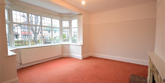 Asking Price £750,000, 4 Bedroom Detached House For Sale in Southend-on-Sea, SS1