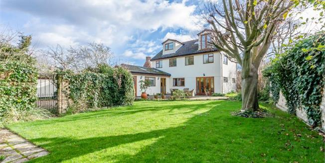 Guide Price £795,000, 5 Bedroom Detached House For Sale in Foxton, CB22