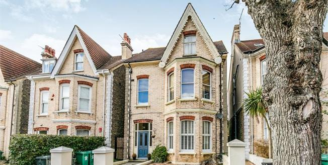 Offers in the region of £675,000, 3 Bedroom Maisonette For Sale in East Sussex, BN3