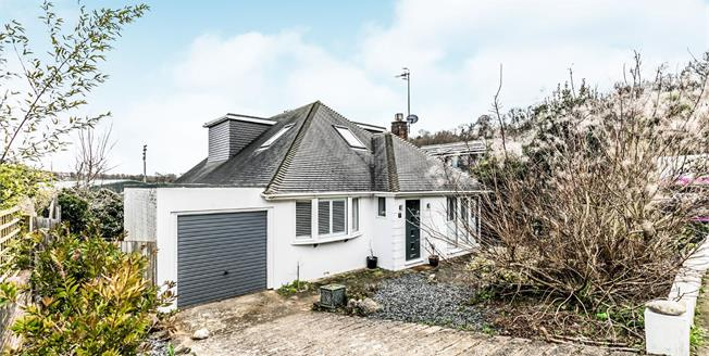 Guide Price £750,000, 5 Bedroom Detached House For Sale in Brighton, BN1