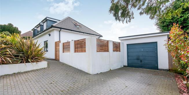 Guide Price £800,000, 4 Bedroom Detached House For Sale in Brighton, BN1