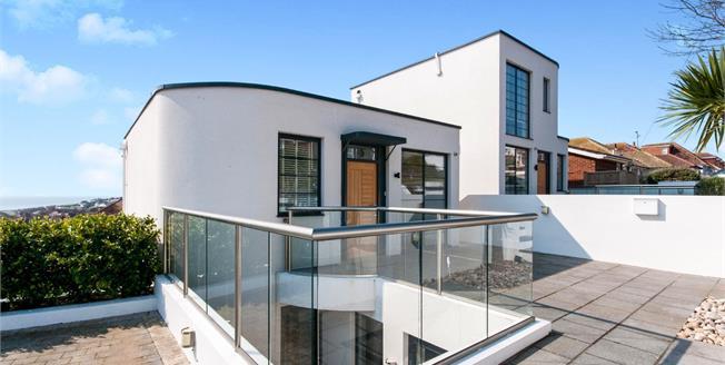 Asking Price £625,000, 4 Bedroom Detached House For Sale in Saltdean, BN2