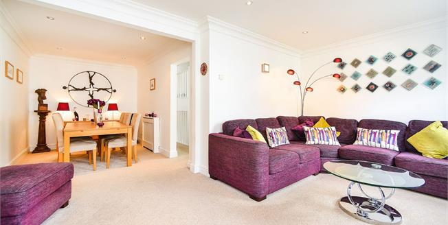 Asking Price £700,000, 4 Bedroom Terraced House For Sale in Brighton, BN2