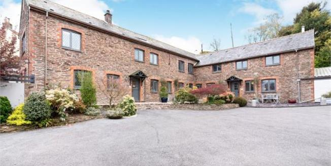 Asking Price £1,200,000, 3 Bedroom House For Sale in TQ7