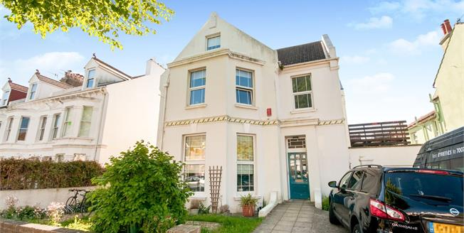 Guide Price £1,250,000, 7 Bedroom House For Sale in Hove, BN3