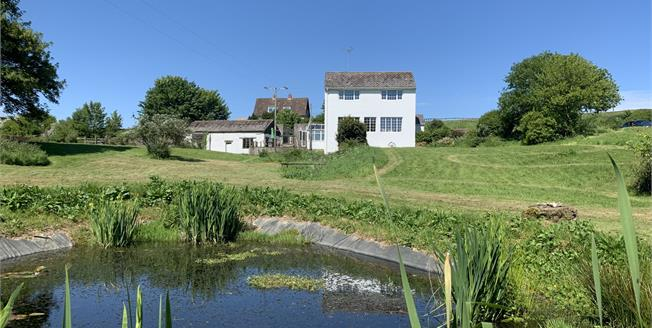 Guide Price £850,000, 5 Bedroom Farm For Sale in Beaminster, DT8