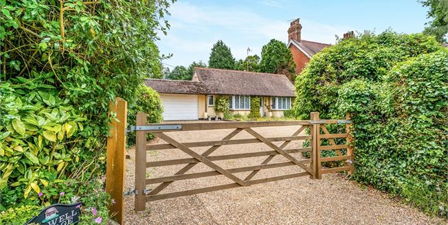 Asking Price £679,950, 3 Bedroom Detached House For Sale in West Chiltington, RH20