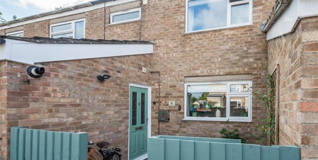 Guide Price £325,000, 3 Bedroom Terraced House For Sale in Waterbeach, CB25