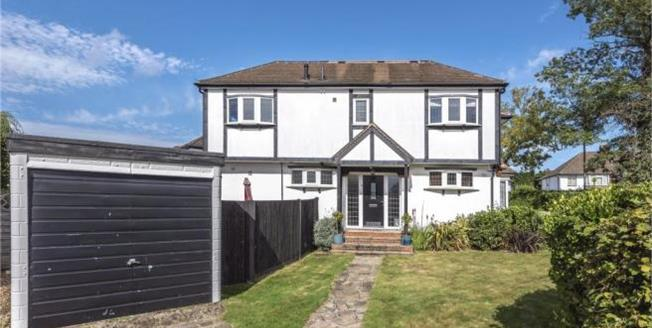 Asking Price £675,000, 5 Bedroom Semi Detached House For Sale in Petts Wood, BR5