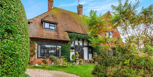 Asking Price £1,000,000, 5 Bedroom Detached House For Sale in Saltdean, BN2