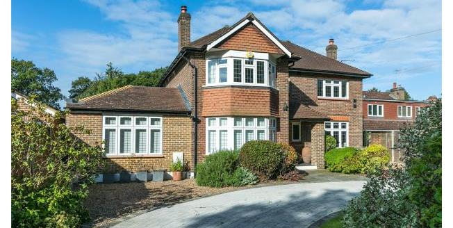 Guide Price £995,000, 5 Bedroom Detached House For Sale in Surrey, KT22