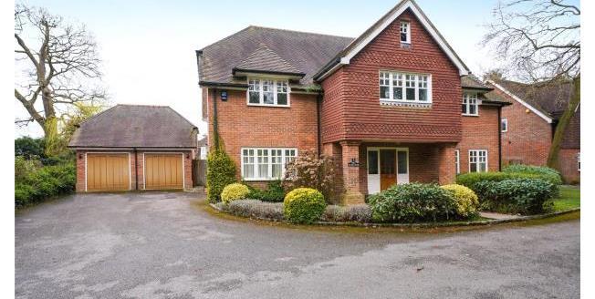 Asking Price £1,500,000, 5 Bedroom Detached House For Sale in Oxshott, KT22