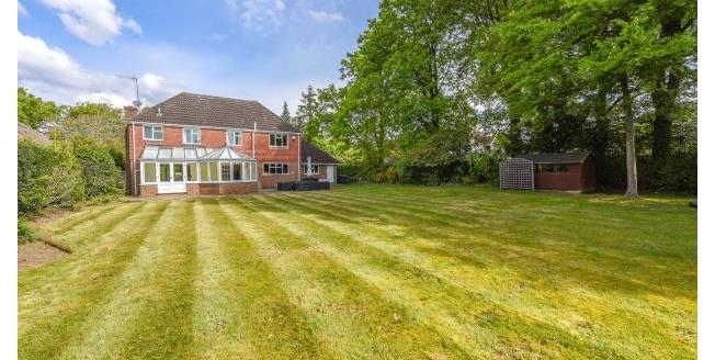 Asking Price £1,500,000, 5 Bedroom Detached House For Sale in Surrey, KT11