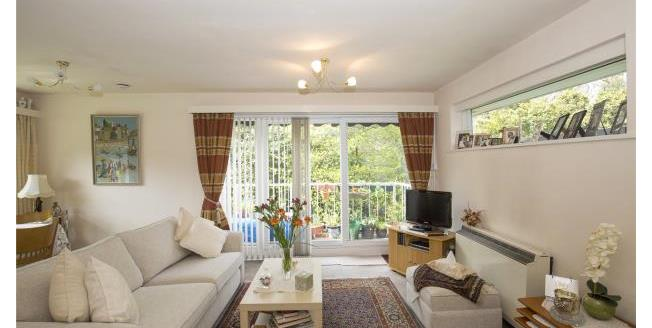 Guide Price £180,000, 1 Bedroom Retirement For Sale in Esher, KT10