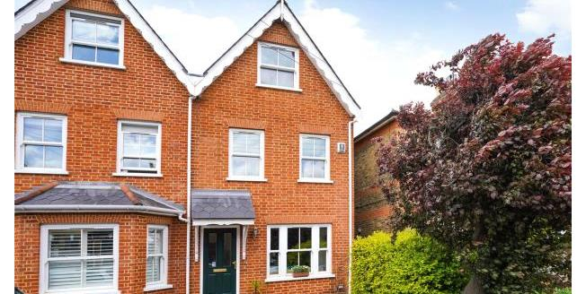Guide Price £675,000, 3 Bedroom Semi Detached House For Sale in East Molesey, KT8