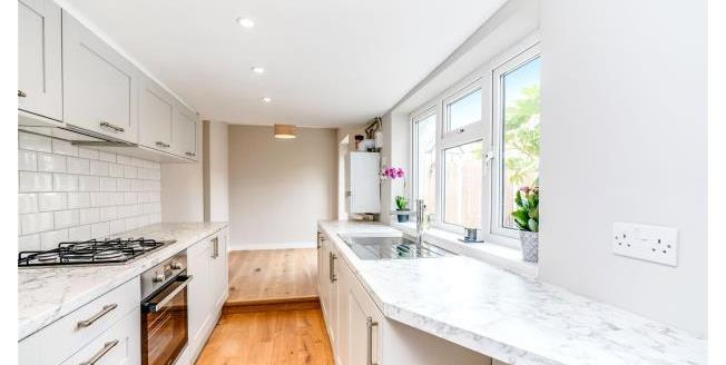Asking Price £599,950, 2 Bedroom Semi Detached House For Sale in East Molesey, KT8