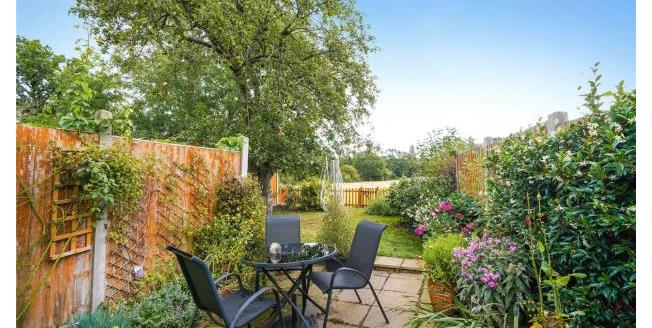 Asking Price £485,000, 2 Bedroom Terraced House For Sale in Claygate, KT10