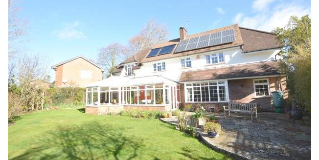 Guide Price £950,000, 4 Bedroom Detached House For Sale in Hampshire, SO41