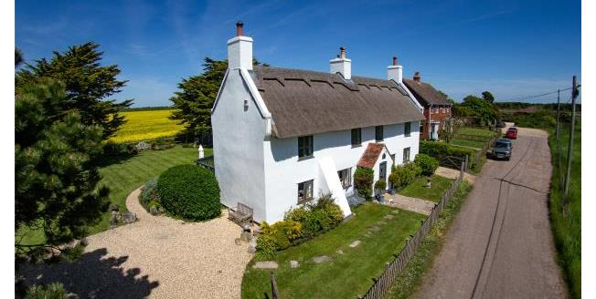 Guide Price £1,200,000, 3 Bedroom Detached House For Sale in Hampshire, SO41