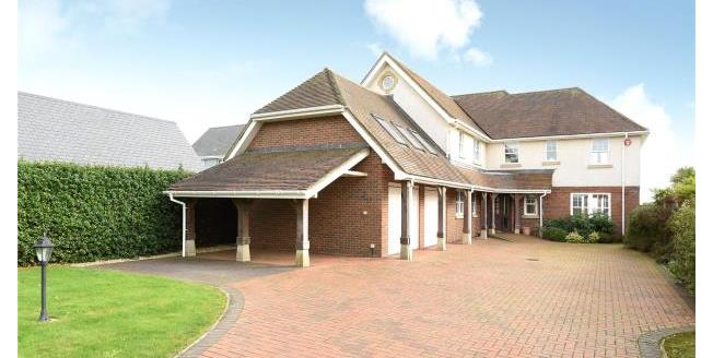 Guide Price £1,550,000, 6 Bedroom Detached House For Sale in Hampshire, SO41