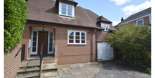 Guide Price £625,000, 3 Bedroom Detached House For Sale in Hampshire, SO41