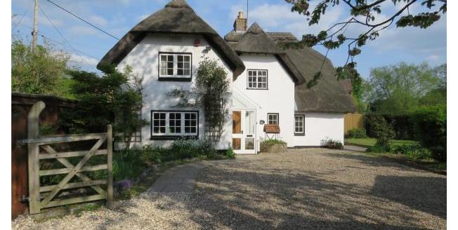 Guide Price £850,000, 4 Bedroom Detached House For Sale in Wallingford, OX10