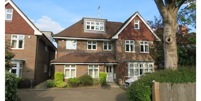 Asking Price £445,000, 2 Bedroom Apartment For Sale in OX2