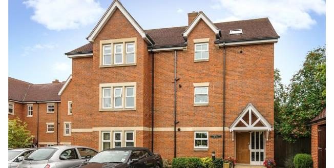 Guide Price £595,000, 2 Bedroom Apartment For Sale in Oxford, OX2