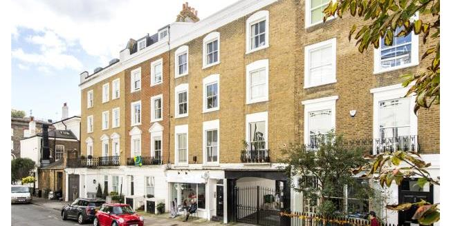 Guide Price £1,500,000, 2 Bedroom Apartment For Sale in NW3
