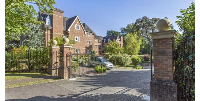 Asking Price £725,000, 3 Bedroom Apartment For Sale in Surrey, KT13