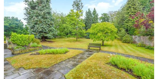 Asking Price £1,950,000, 6 Bedroom House For Sale in Surrey, KT13