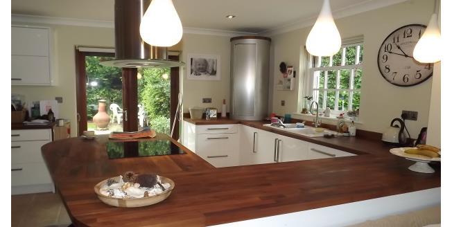 £1,700 per Calendar Month, 4 Bedroom House To Rent in Cranbrook, TN17