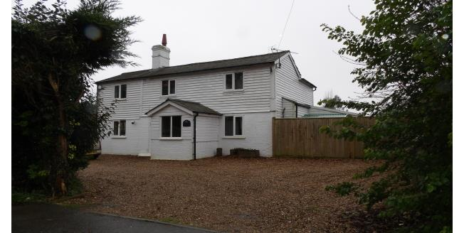 £1,600 per Calendar Month, 4 Bedroom House To Rent in Wadhurst, TN5