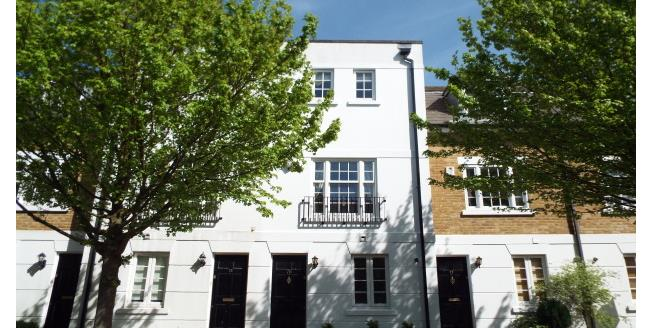 £1,400 per Calendar Month, 4 Bedroom Town House To Rent in Maidstone, ME16