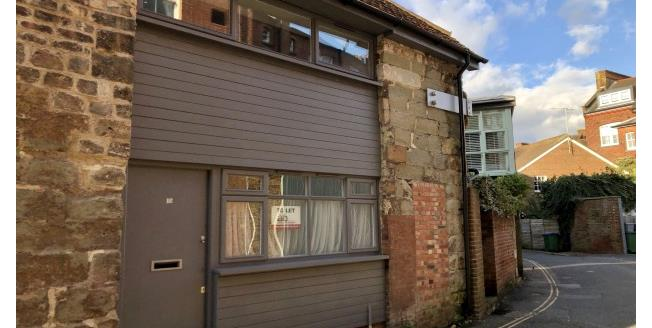 £1,150 per Calendar Month, 2 Bedroom Semi Detached House To Rent in Lewes, BN7