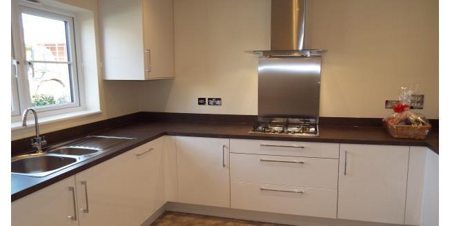 £1,450 per Calendar Month, 3 Bedroom House To Rent in Tonbridge, TN11