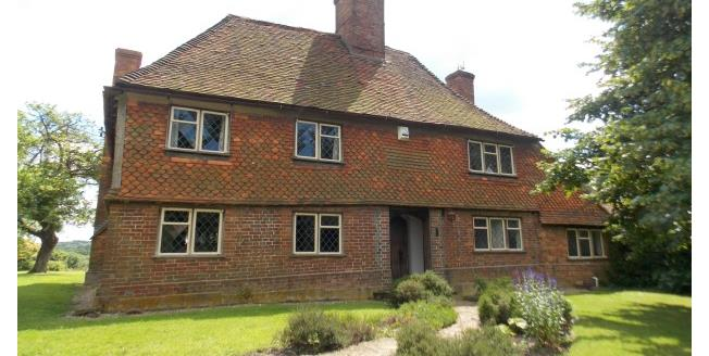£1,995 per Calendar Month, 4 Bedroom Detached House To Rent in St. Michaels, TN30