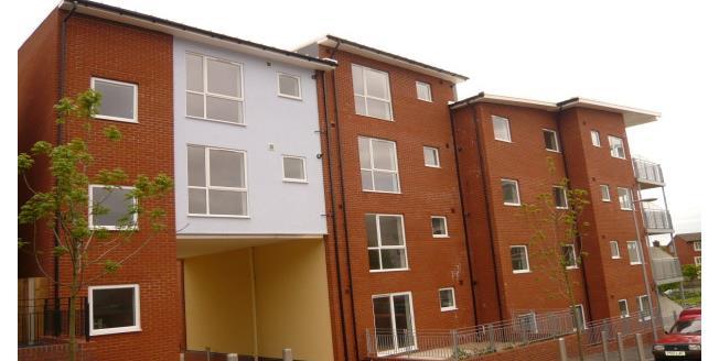 £825 per Calendar Month, 2 Bedroom Flat To Rent in Birmingham, B15
