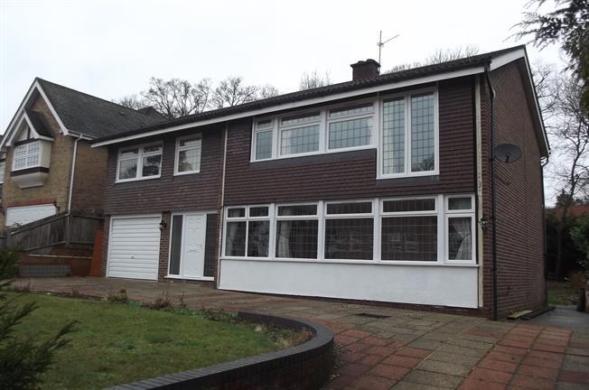 £2,750 per Calendar Month, 5 Bedroom Detached House To Rent in Gerrards Cross, SL9