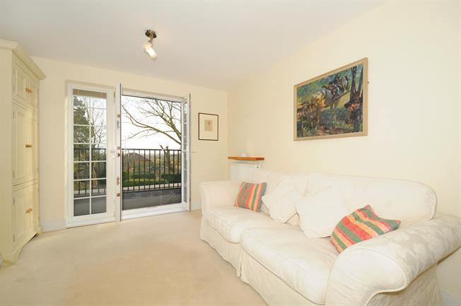 £825 per Calendar Month, 2 Bedroom Apartment To Rent in Twyford, OX17