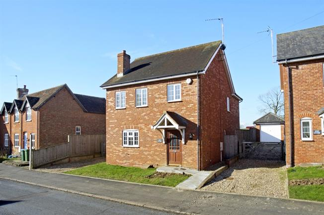 £1,550 per Calendar Month, 4 Bedroom House To Rent in Maids Moreton, MK18