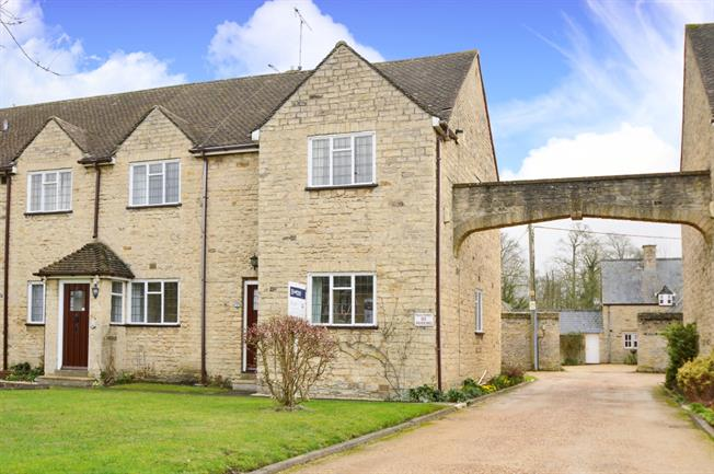£695 per Calendar Month, 2 Bedroom Apartment To Rent in Northamptonshire, OX17